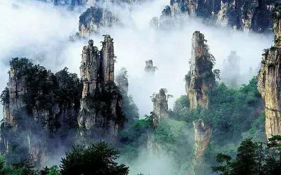 the scenery in Yuanjiajie