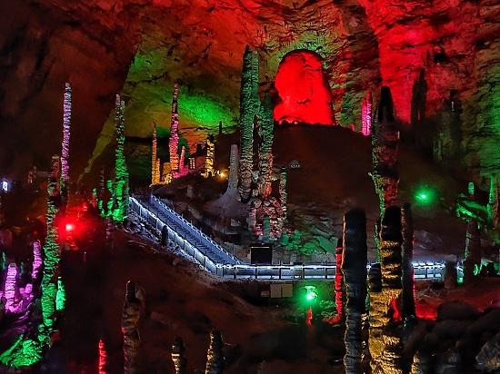 Zhangjiajie Yellow Dragon Cave
